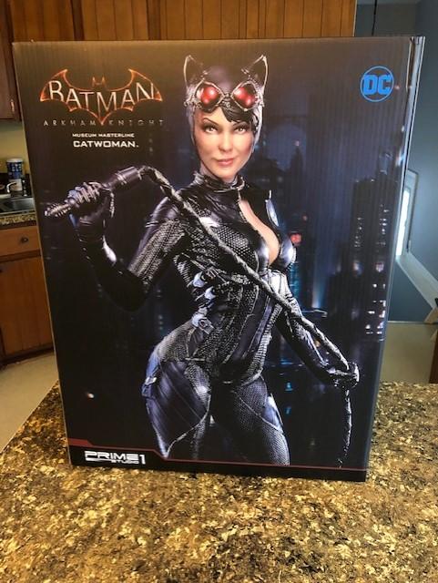 Catwoman Statue Box